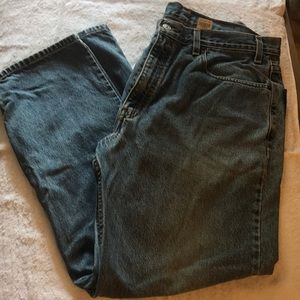 Levi Strauss relaxed straight leg jeans size 38